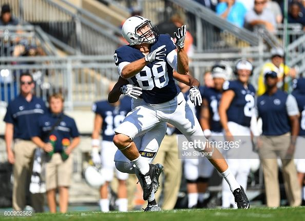 News Photo : Mike Gesicki of the Penn State Nittany Lions in...