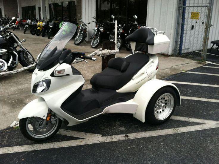 suzuki burgman 650 exec suzuki burgman maxi scooter pinterest scooters mopeds and sidecar. Black Bedroom Furniture Sets. Home Design Ideas