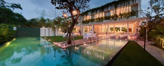 An affordable villa accommodation holiday in Bali does have it's advantages compared to other options that are available.  If visiting Bali, look at your villa accommodation options so that you can have a wonderful vacation on this gorgeous island.