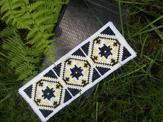 Vintage Traditional Bookmark Cross Stitch by CamisTheCrossStitch