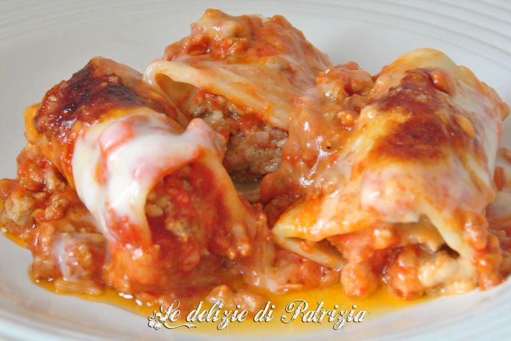 Paccheri ripieni di carne ©Le delizie di Patrizia Gabriella Scioni Ricette su: Facebook: https://www.facebook.com/Le-delizie-di-Patrizia-194059630634358/ Sito Web: https://ledeliziedipatrizia.com