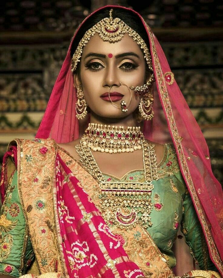 c28c81ebd8bc Pin by neha on wedding attire in 2019 | Indian wedding jewelry, Indian  bridal wear, Indian bridal makeup