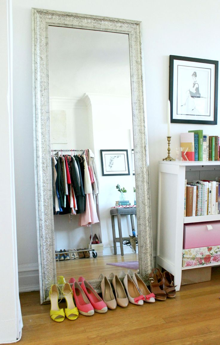 How to make a small apartment look bigger by wandeleur for Apartment space saving ideas