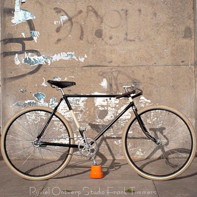#roadster #bespoke #bicycle #bikeporn #coasterbrake #design #fixed #fixie #fashion #fixedgear #gropes #handmade #luxury #menstyle #moustache #pathracer #retro #retrofiets #rosfranktimmers #schwalbe #velo #vintage #custom #antiquebicycle #singlespeed #lifestyle