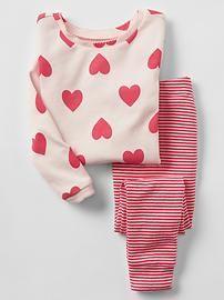 Baby Gap Valentine's Day pjs