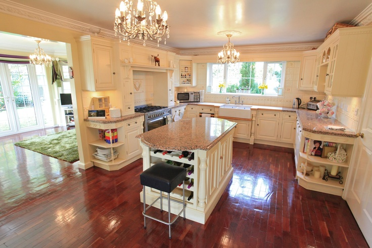 The kitchen at Glandwr House, Marshfield, Cardiff - Impressive detached double fronted bespoke residence finished in a Georgian style. www.pablack.co.uk