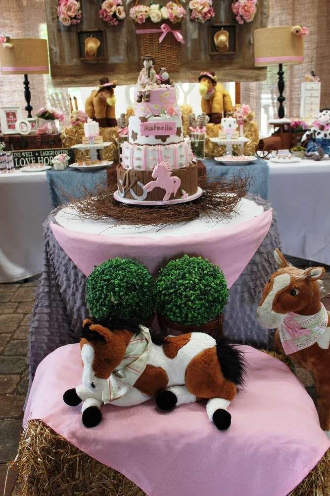 Howdy Folks! It's Rafaella's Cowgirl Chic Birthday Party! | CatchMyParty.com