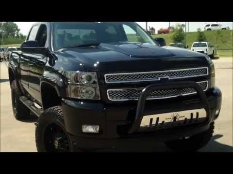 Carologist Steve's live demo 2012 Silverado Black Widow Southern Comfort at Marc Heitz Chevrolet - YouTube
