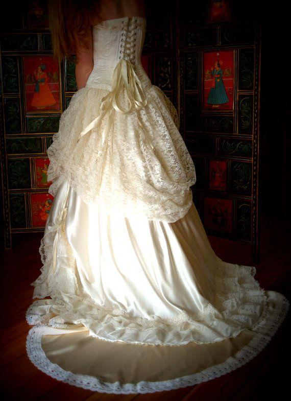 Corset casamento do Marfim Vestido de seda e agitação saia por LaBelleFairy