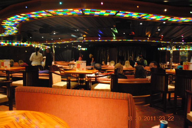 Comedy Club, Carnival Cruise Triumph