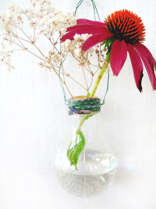 DIY Light Bulb Vase - a project for those who don't mind glass shards in their hair