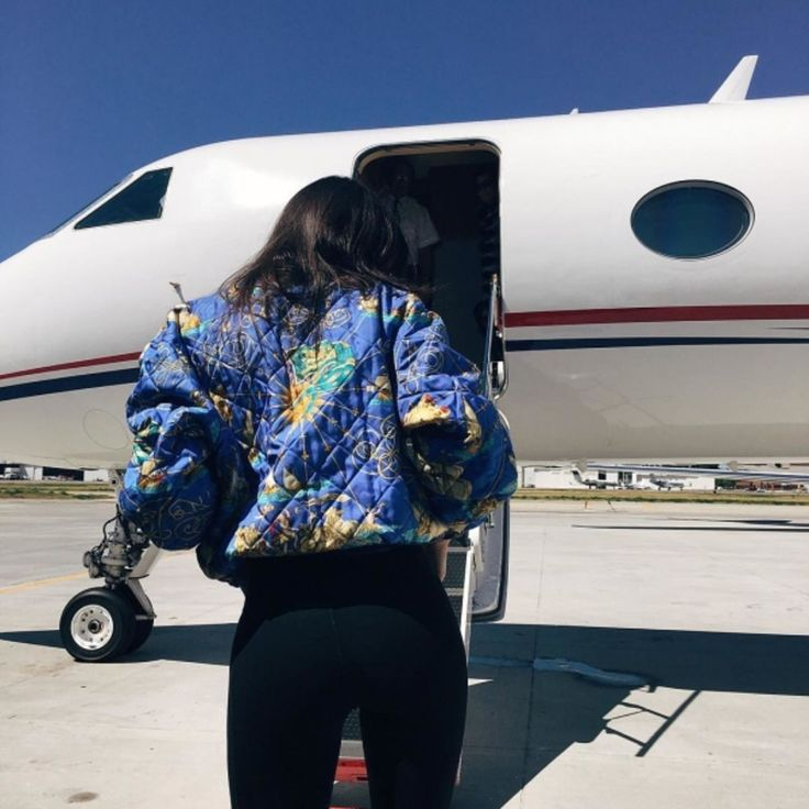 13 Hacks For Traveling Like The One Percent At No Cost