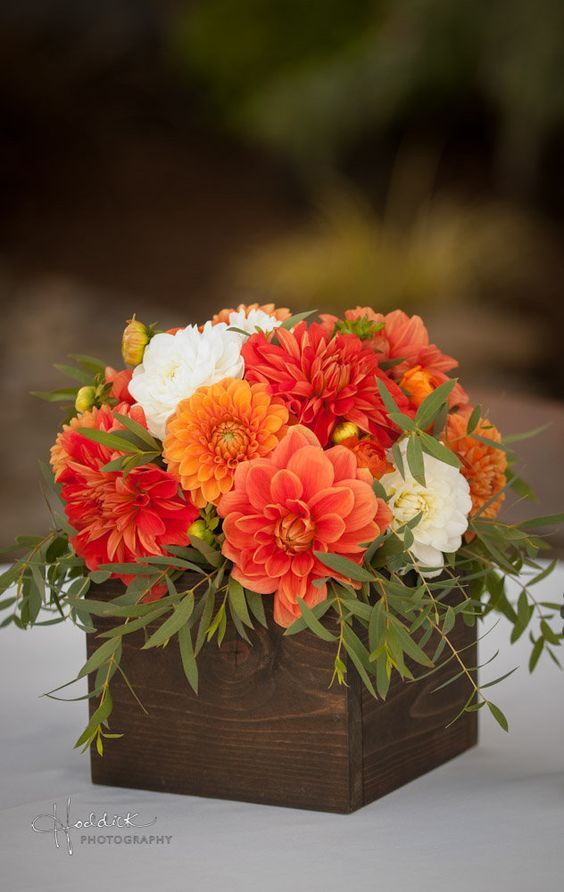 Orange Dahlias Wedding Centerpiece / http://www.deerpearlflowers.com/orange-wedding-color-ideas/2/