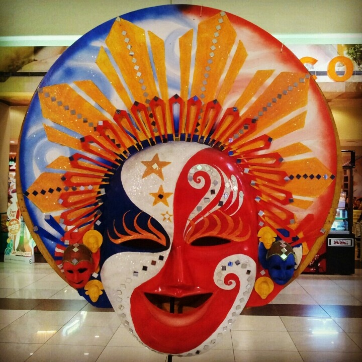 Lovely, colorful mask from the #masskara festival of #Bacolod