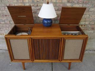 Motorola Three Channel Stereophonic Hi-Fidelity Drexel Cabinet ...