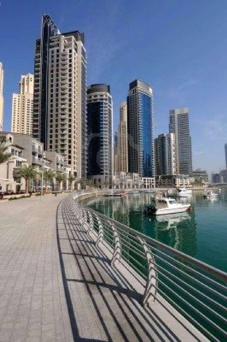 Dubai Marina walk/promenade, Dubai