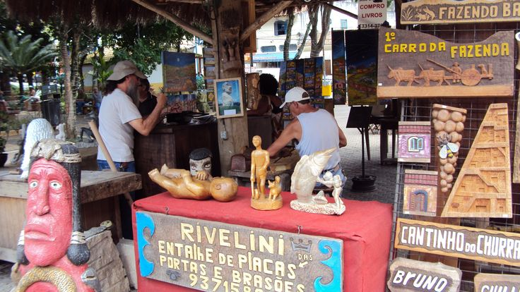 Sustentabilidade e criatividade na feira de Embu das Artes