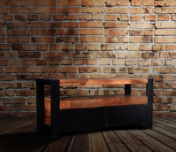 Lille tv bord til stuen - http://indieliving.dk/shop/tv-bord-heavia-421p.html