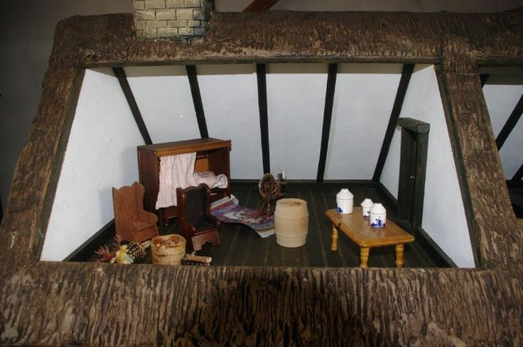For Sale - Robert Stubbs Collectors Dolls House For Sale - The Dolls House Exchange