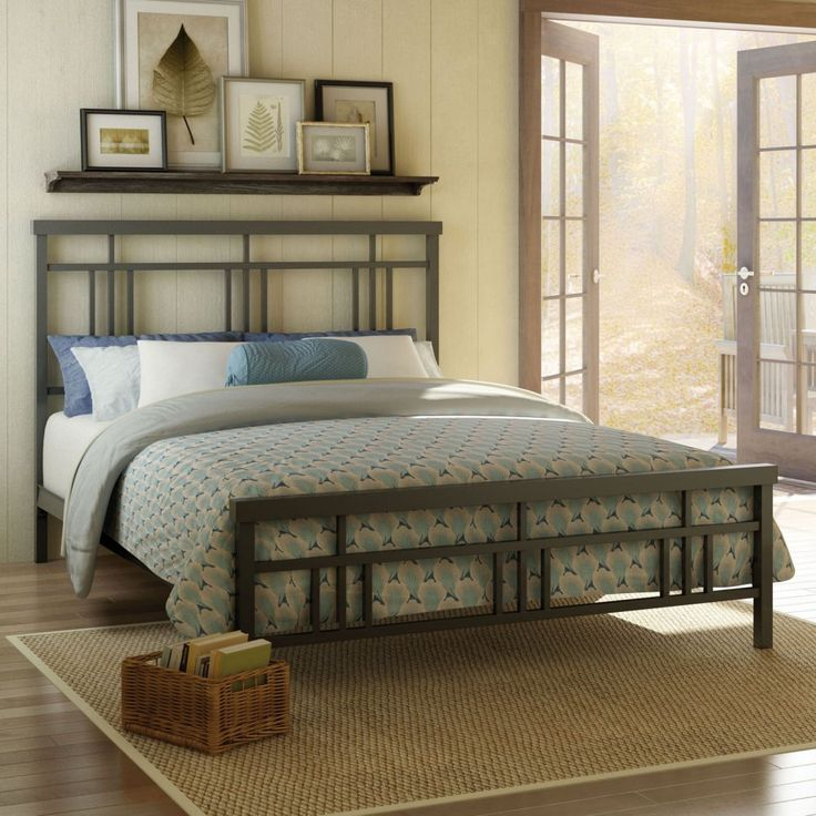 King Metal Bed Frame with Modern Square Tubing Headboard & Footboard ...