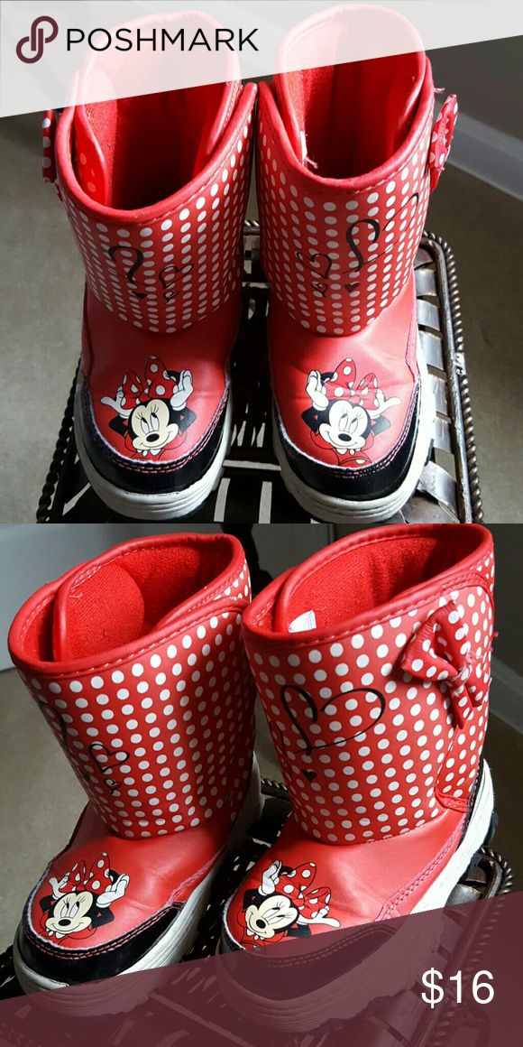 Kids Winter Minnie Mouse Winter Boots Red/ White Minnie Mouse Winter Boots Great Condition Shoes Rain & Snow Boots