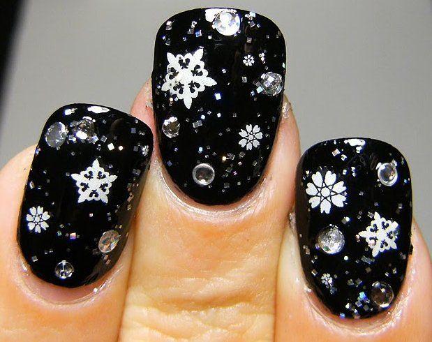 Dark and stormy #holiday nails