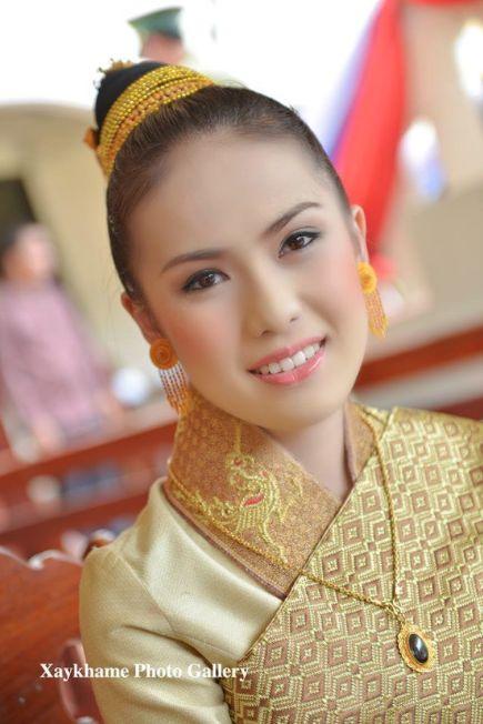 Flawless Lao Bride Makeup