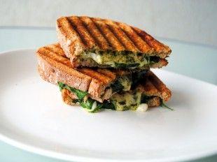Sandwich cu branza la gratar | Jurnalul Unei Cookaholice