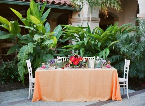 Tropical Caribbean Tablescape & Dessert Table
