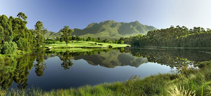 Fancourt offers three originally designed Gary Player golf courses - including The Links, which Gary Player has often referred to as his greatest design feat.  The Links, Montagu & Outeniqua golf courses are all ranked in the Top 20 in South Africa.