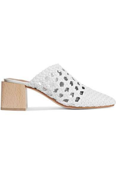 5362d2d3076 I m Convinced This Shoe Trend Will Never Die in 2018