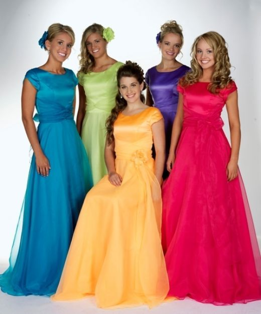 1000  images about Formal gowns:) on Pinterest  Sleeve Modest ...