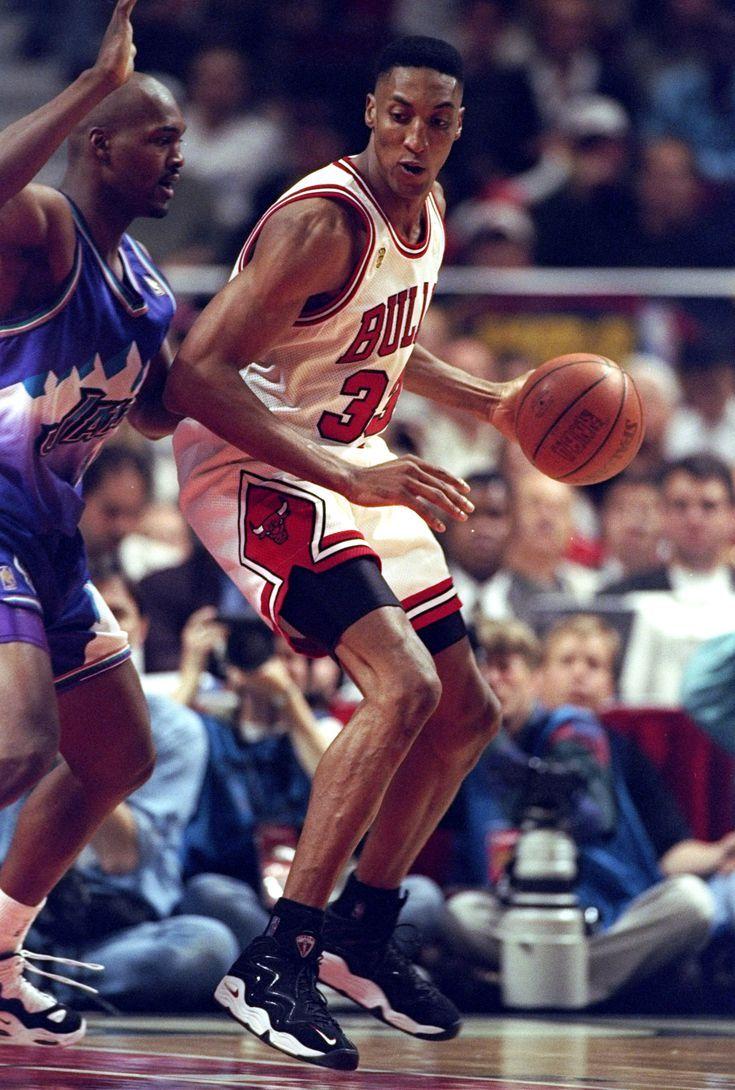 Scottie Pippen's 10 Best On Court Sneakers | sneakers