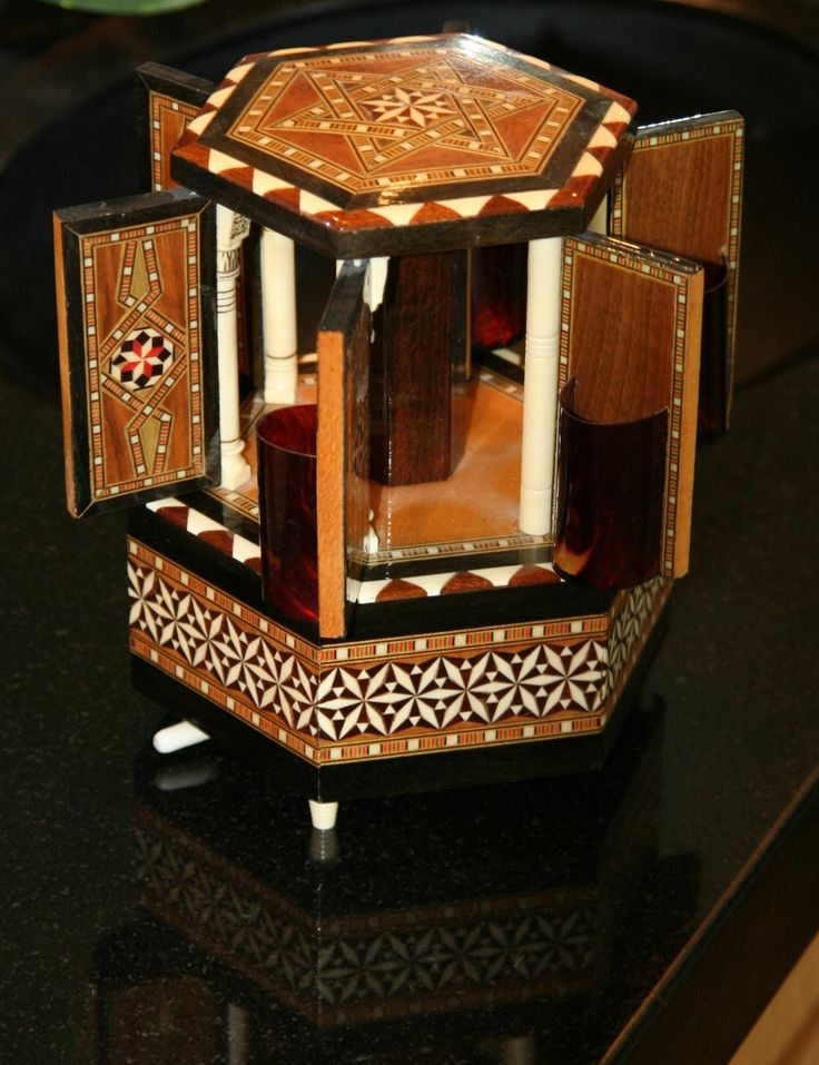 36 best music boxes images on pinterest music boxes vintage music boxes and antique jewellery. Black Bedroom Furniture Sets. Home Design Ideas