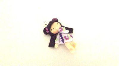 """Dalla serie """" MONDO KOKESHI"""" CIONDOLO CHARMS  bambole giapponesi 4,5 cm -    LILLA   - portafortuna     - FIMO -   - idea regalo - natale -"""