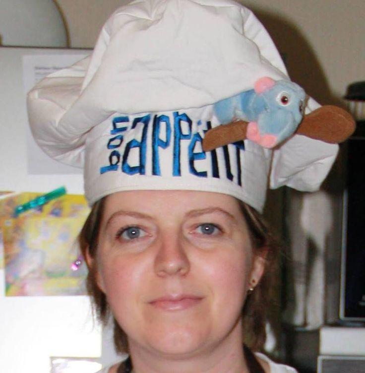 Alors aujourd'hui on se lance dans de la grande cuisine Mon Cookéo et moi. Nous allons préparer un Boeuf Bourguignon... C'est bien un plat que je ne fais pas souvent. Mais avec Cookéo, je sens que ça va être un jeu d'enfant!!! Ingrédients : 800g de boeuf...