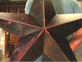 How to Make a Metal Star for Your Garden