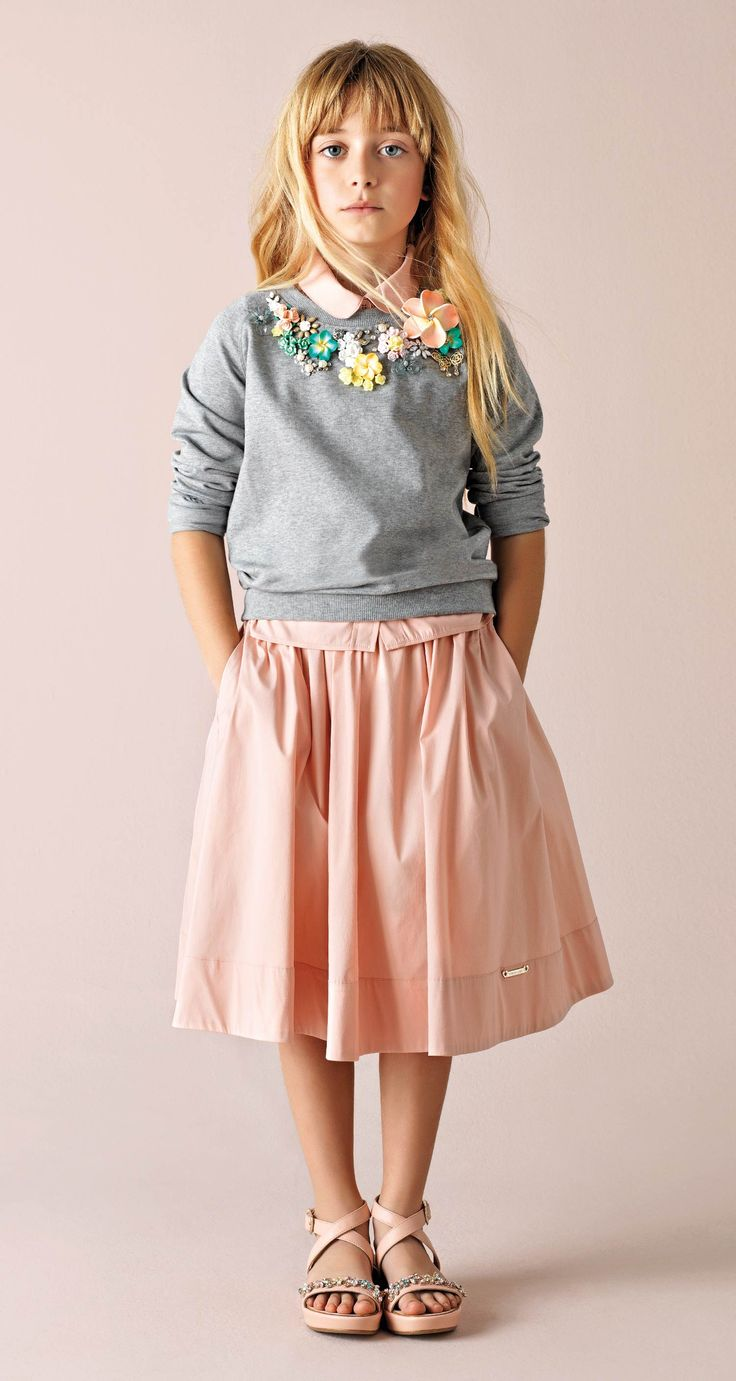 I would like a grown up version of this outfit