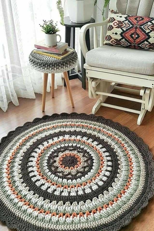 Carpet Crochet, Deco Zen, Crochet Rug Patterns, Crochet Rugs, Crochet Birds, Crochet Bear, Crochet Animals, Crochet Home Decor, Patterned Carpet