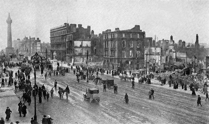 Image of Sackville Street 1916 - courtest of Dublin City Public Libraries