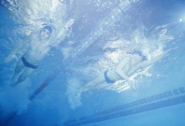 How to Improve a Flutter Kick in Freestyle Swimming |
