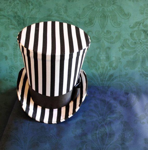 Cauchemar de chapeau haut de forme, chapeau Halloween, chapeau haut de forme gothique, Steampunk Circus noir et blanc de femmes à rayures avant Noël chapeau haut de forme-fabriqués sur commande