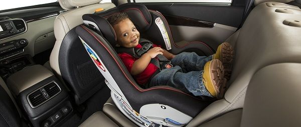 С детьми в машине загрязнений не избежать