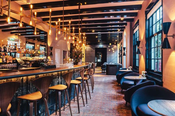 The Sexiest Hotel Bars Around the World