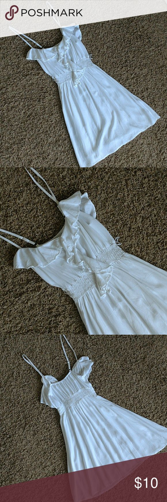 🎊SALE Body Central White Spaghetti Strap Dress *SALE WEEKEND ONLY* Perfect for summer white spaghetti strap dress. Ruffled top, cinched? waist mini. *Very small imperfection on front of dress not noticeable, see pictures. Body Central Dresses Mini