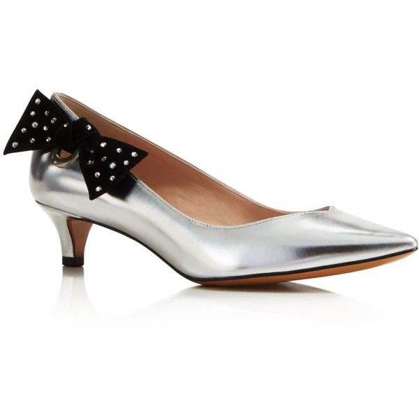 Marc Jacobs Ally Pointed Toe Kitten Heel Pumps (8 700 UAH) ❤ liked on Polyvore featuring shoes, pumps, silver, kitten heel shoes, marc jacobs pumps, silver kitten heel shoes, pointed toe shoes and kitten heel pumps