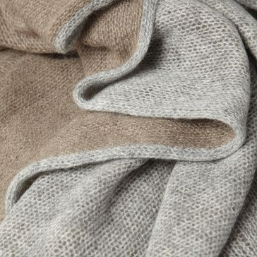les Ateliers Courbet Oyuna Dia Cashmere Throw Bedspread Blanket