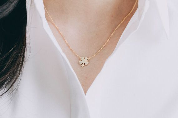 Caméeketten - Vier Blatt Klee Halskette, Zarte, Silber - ein Designerstück von menatreasure bei DaWanda