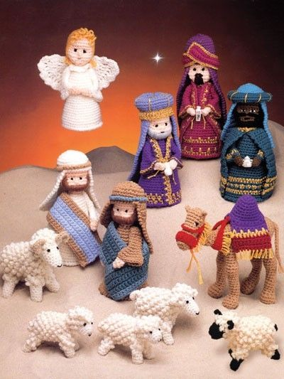 Crocheted nativity - I love the sheep :)