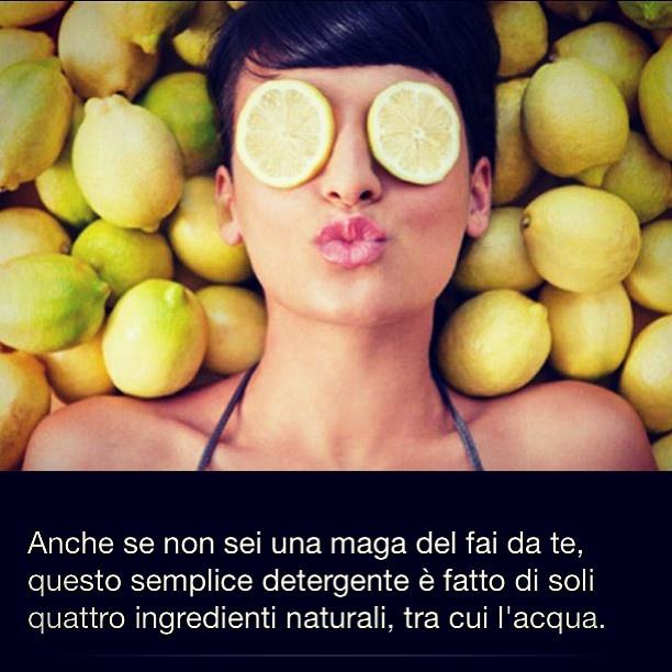 Anche se non sei una #maga del #faidate, questo #semplice #detergente è fatto di soli #quattro #ingredienti, tra cui l'#acqua #trovabenessere #now #instagrammer #follow  LEGGI :  http://www.trovabenessere.it/benessere-trova-benessere/127-timo-finocchio-e-limone-per-un-detergente-viso-naturale.html
